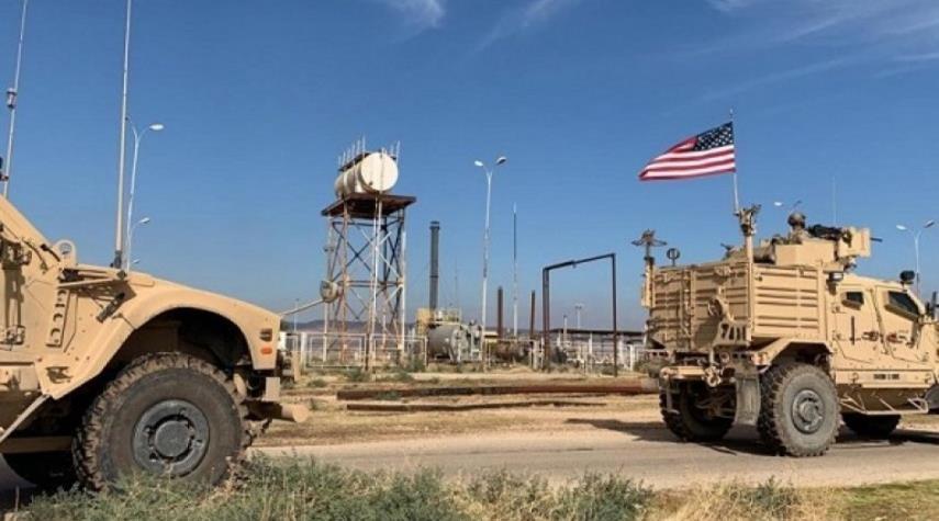 سوريا : القوات الأمريكية تخرج شاحنات محملة بالحبوب المسروقة من سوريا