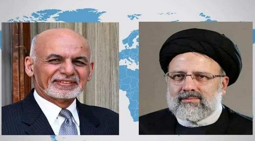 الرئيس الأفغاني يجري محادثة هاتفية مع الرئيس الإيراني المنتخب