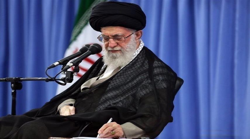 قائد الثورة الاسلامية يعزي بوفاة رئيس مؤسسة الاسكان