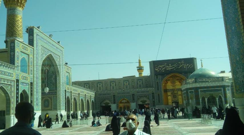 زیارت حضرت علی بن موسی الرضا علیه السلام به نیابت از همراهان الکوثر + عکس