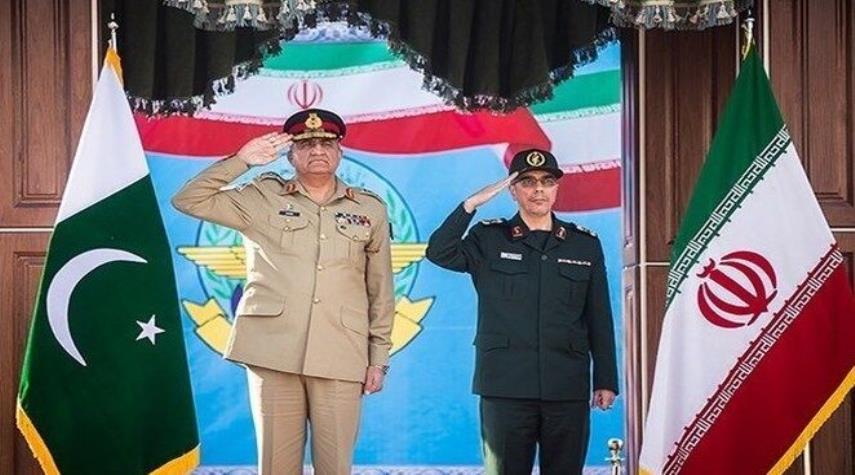 سردار باقری و  فرمانده ارتش پاکستان دیدار کردند