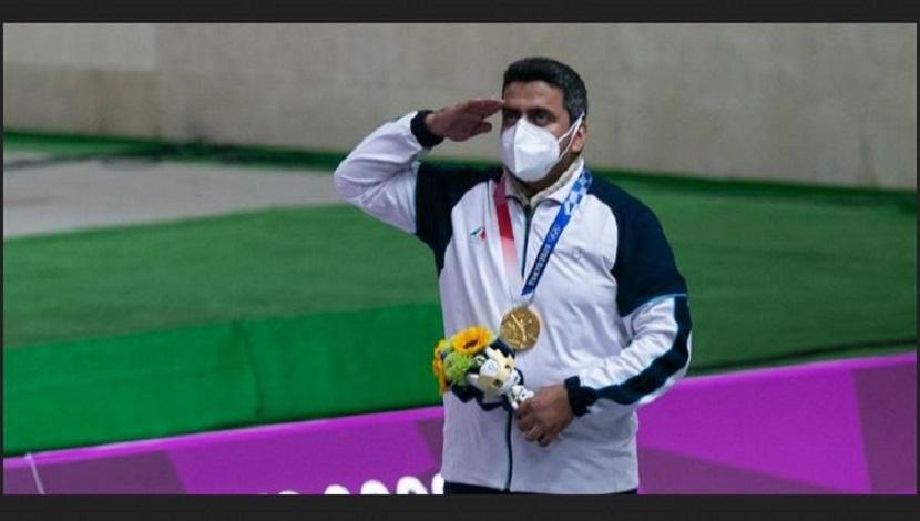 الرئيس الايراني المنتخب يهنئ فروغي لنيله ذهبية الرماية في أولمبياد طوكيو