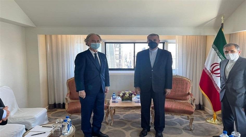 وزير الخارجية الإيراني يلتقي المبعوث الخاص للأمم المتحدة إلى سوريا