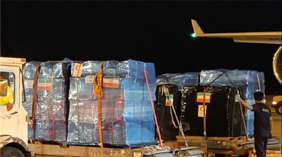 ايران ترسل شحنة جديدة من المساعدات الانسانية الى افغانستان