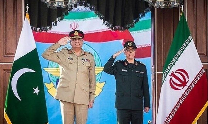 رئيس الاركان العامة الايرانية يلتقي قائد الجيش الباكستاني